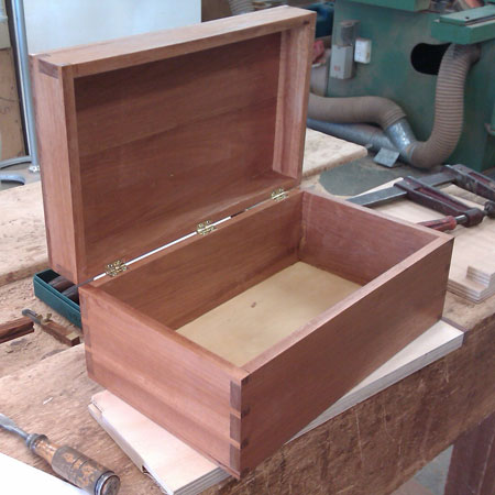 dovetail_box